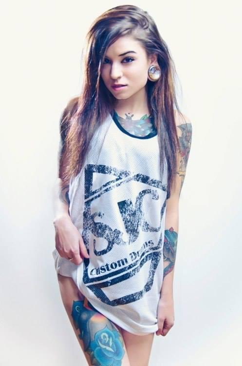Tattoo girl hot 15 Most