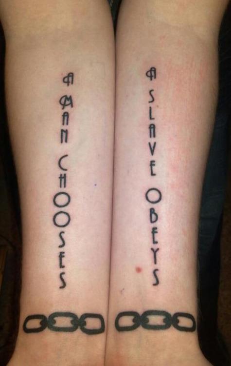 Sklavin Tattoo