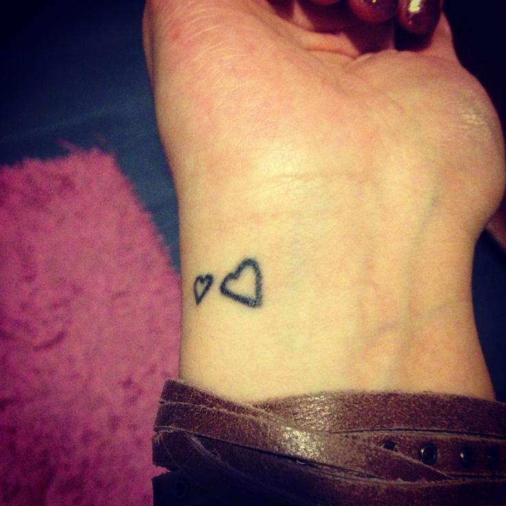 aaa263090 Cute girly Tattoos